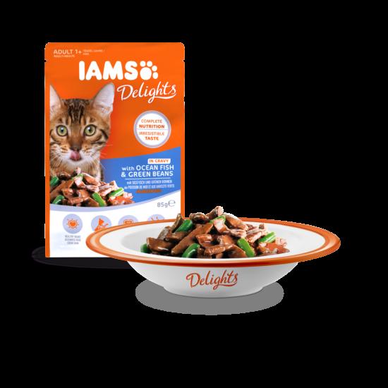 IAMS Delights Tengeri hal és zöldbab falatok, ízletes szószban 85g